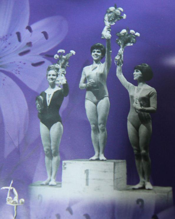 Голые негритянки хана мичехова гимнастка фото фото